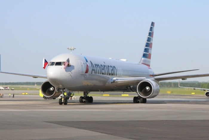 American Airlines arrives in Prague, Czech Republic, for first time 1