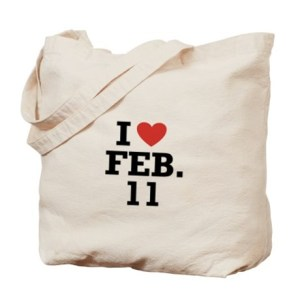 I'm not really one for tote bags, but this one would be a pretty good one for me!