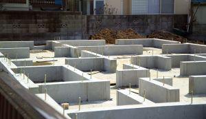 1200px-foundation-m2325 source:https://en.wikipedia.org/wiki/Housing_in_Japan#/media/File:Foundation-M2325.jpg