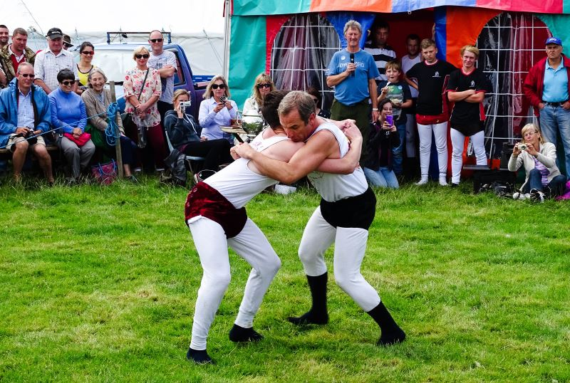 Robson Green wrestling at Powburn Show 2014