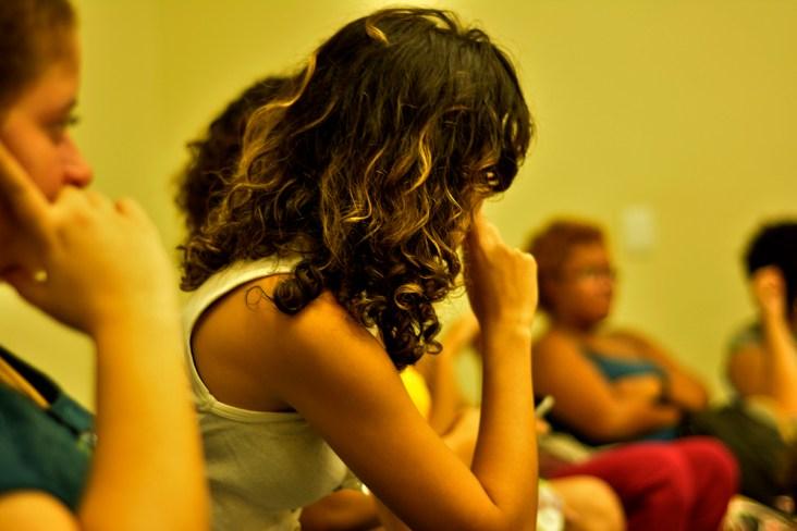 Mulheres discutem sobre a violência do gênero