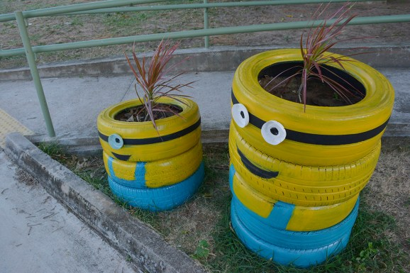 Minions de pneus (Fotos: Lara Paiva)