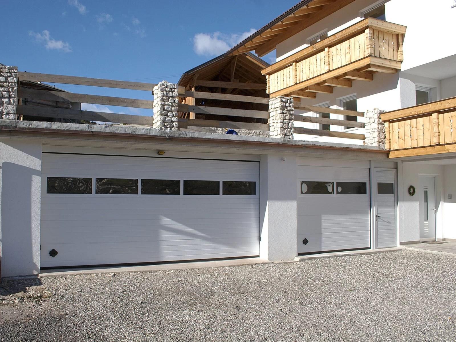 Portone sezionale da garage SIRIO - Woodgrain bianco C81 Visa