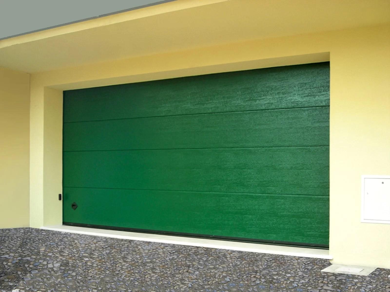 Portone sezionale da garage SIRIO - Woodgrain verde RAL
