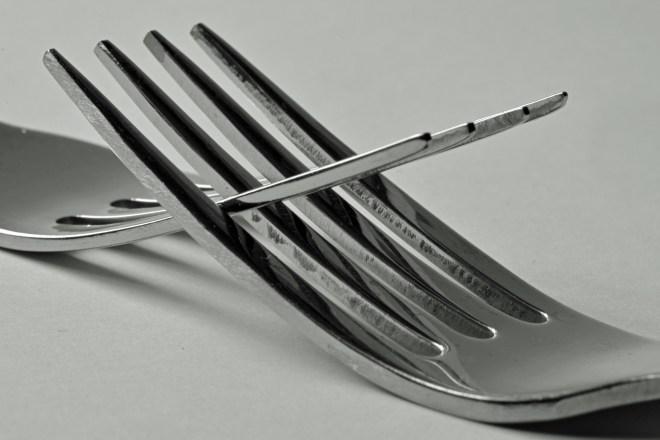 interlocked forks