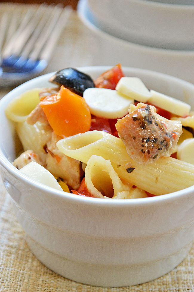 This Gluten Free Italian Chicken Pasta Salad will be your easy, go-to, make ahead dinner or lunch that lasts for days in the fridge. The only thing you have to prep is the chicken!