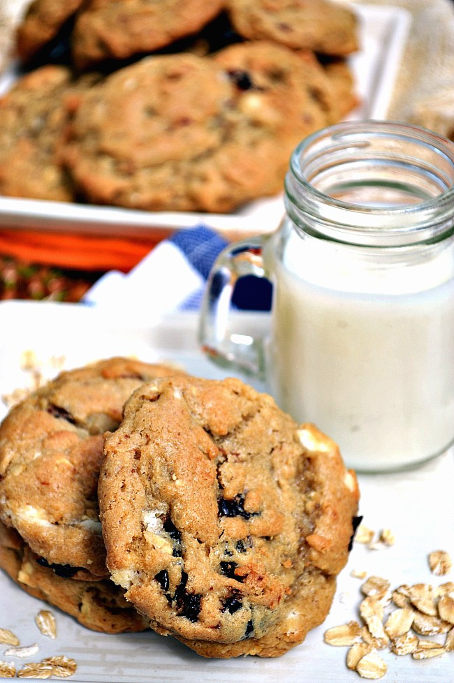 Gluten Free White Chocolate Cherry Oatmeal Cookies ...