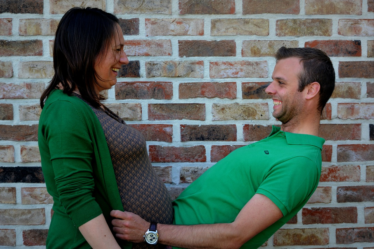 Top 10 ways to look after your pregnant wife