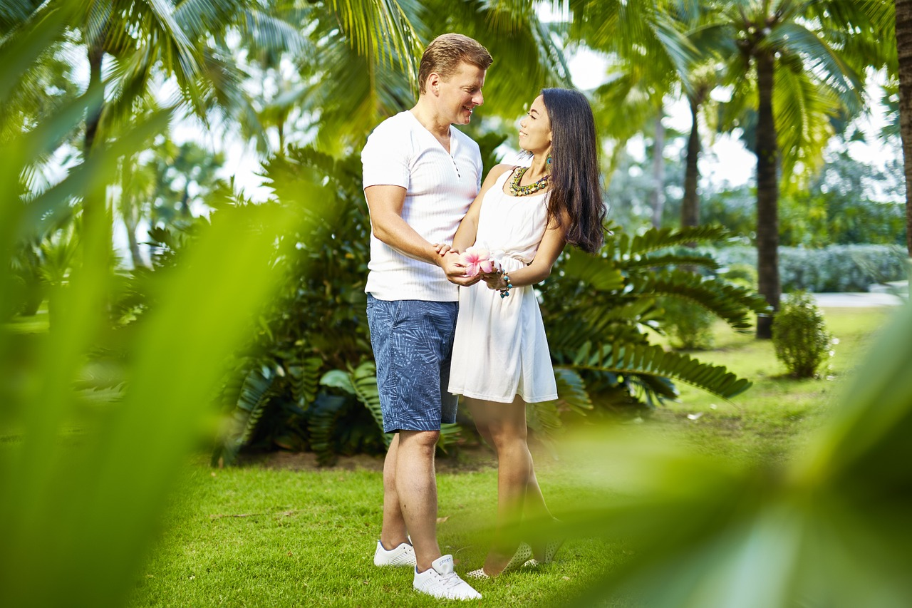romantic ideas to attract your husband gives your married life incredible pleasure