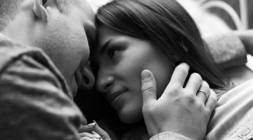 Are you worried about your sexless marriage? –  6 Emotionally understanding ways to deal with it