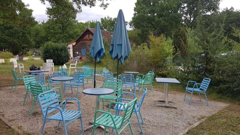 terras Camping Au Bois Joli bregblogt.nl
