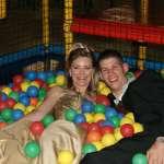 De bruiloft van Laura | Trouwen in een indoorspeeltuin!