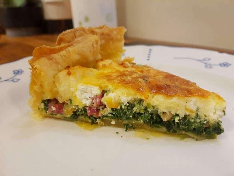 Spinaziequiche met geitenkaas en appel spekjes en pijnboompitten bregblogt.nl
