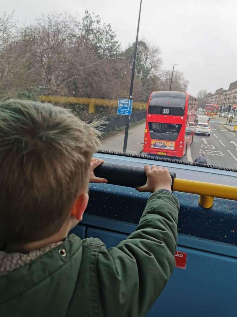 Rode dubbeldekker bus bregblogt.nl