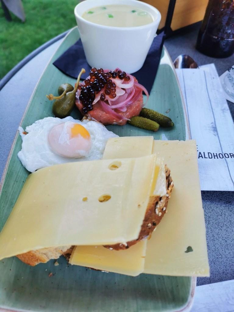 Lunchen bij de Waldhoorn Otterlo bregblogt.nl