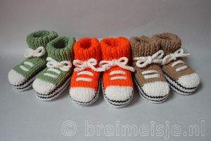 Baby sneakers allstars breien patroon