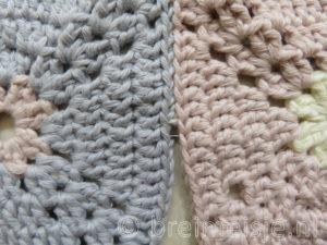 Hoe naai je gehaakte oma vierkantjes netjes aan elkaar?