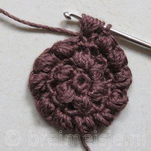 Puff stitch steek haken stap 5