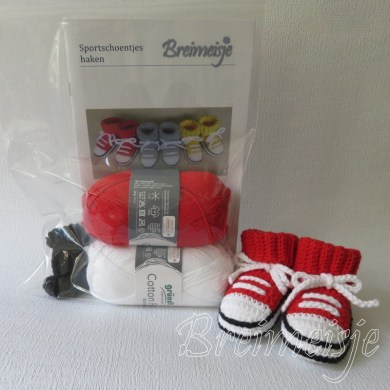 Haakpakket Breimeisje sportschoentjes rood-wit