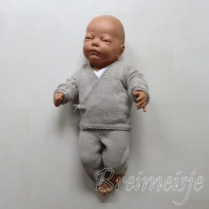 Patroon baby overslagtruitje breien