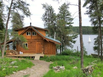 Ein Eco-Cabin am High Lake im Whiteshell Provincial Park