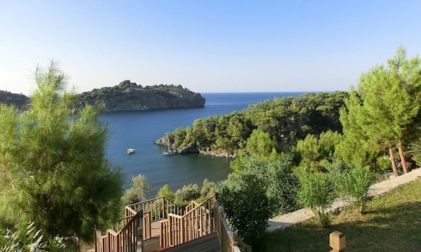 Blick vom Puravida Resorts Seno auf die Bucht