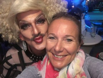 Gloria Viagra gemeinsam mit unserer Autorin Elli