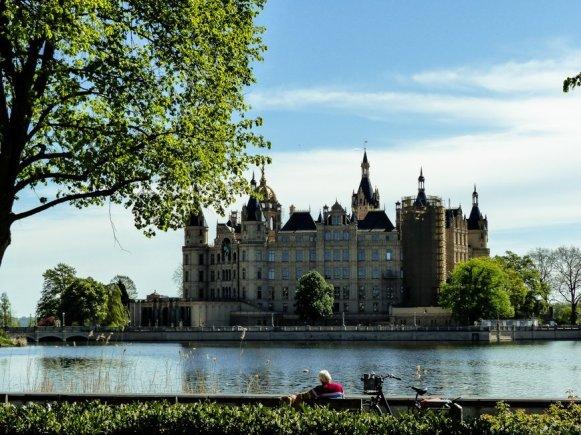SCHLOSSHOTEL-WENDORF-Urlaub-in-Mecklenburg-Vorpommern-Liane-Ehlers