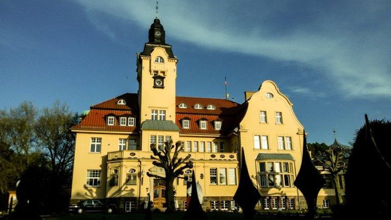 SCHLOSSHOTEL WENDORF - Urlaub in Mecklenburg-Vorpommern - Liane Ehlers--2