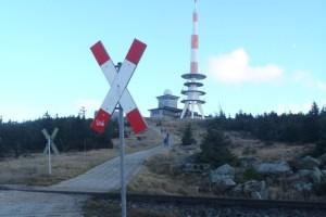 Kurz vor dem Gipfel wurden die Schienen überquert.