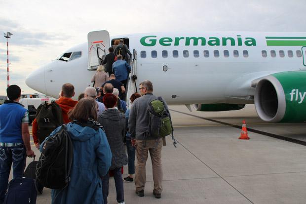 Geflogen bin ich mit einer 737-700 von Germania