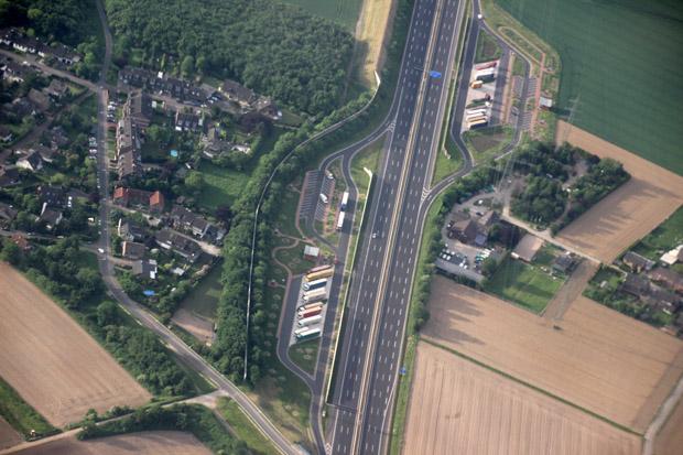 Ein Rastplatz an der Autobahn A57
