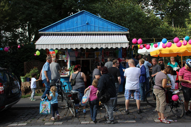 Großer Andrang herrschte beim Blauen Büdchen in Duisburg