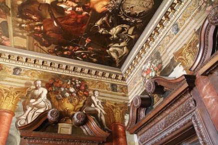 Die Deckenmalereien in Powis Castle sind sehenswert