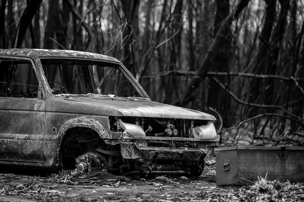 burnt-t car from the 2020 bushfires