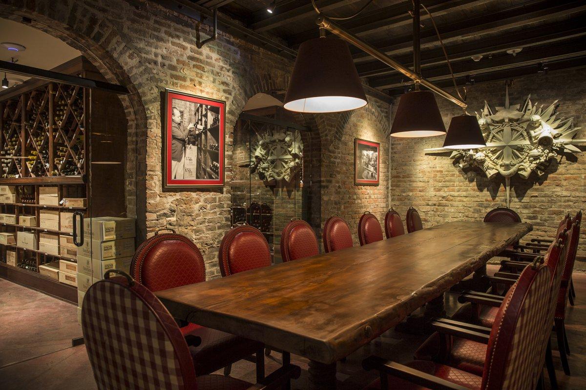 Interior  Brennans Restaurant  A New Orleans Tradition Since 1946