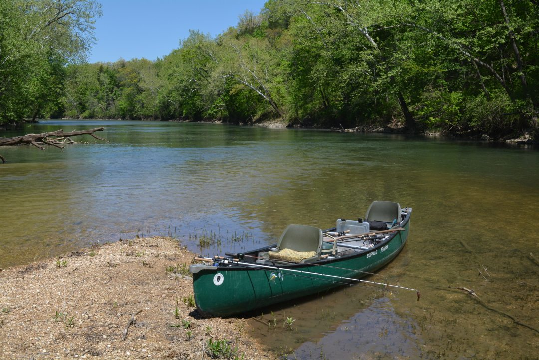 Canoeing the Niangua River