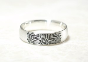 Personalized Low Dome Comfort Fit Fingerprint Wedding Ring with Exterior Tip Print in Sterling Silver