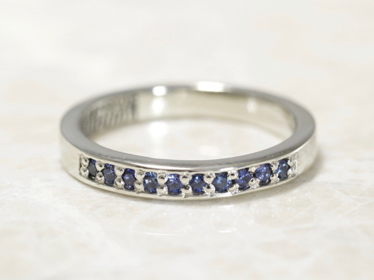 3mm Sapphire fingerprint ring by Brent&Jess in 14k white