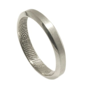 Narrow Bevel Edge Fingerprint Band
