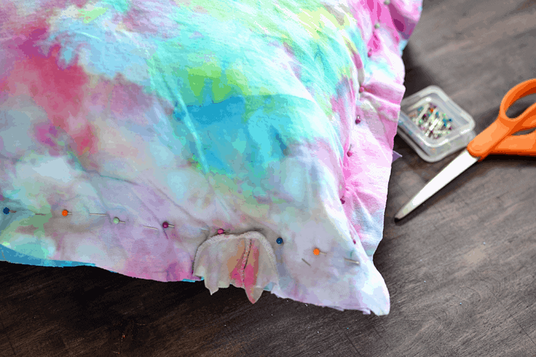 9a67a-t-shirt-pillow-tie-dye.png