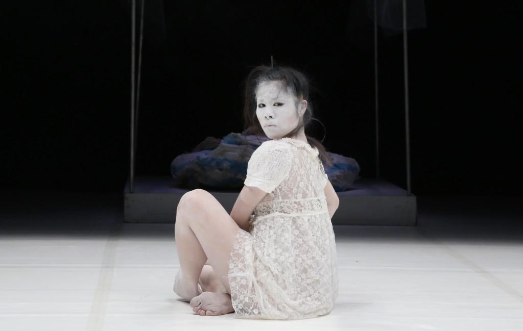 Découvrez la danse butô avec le spectacle «UTT» de Carlotta Ikeda