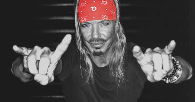 Bret Michaels Photo: Christine A Ellis © Michaels Entertainment Group Inc