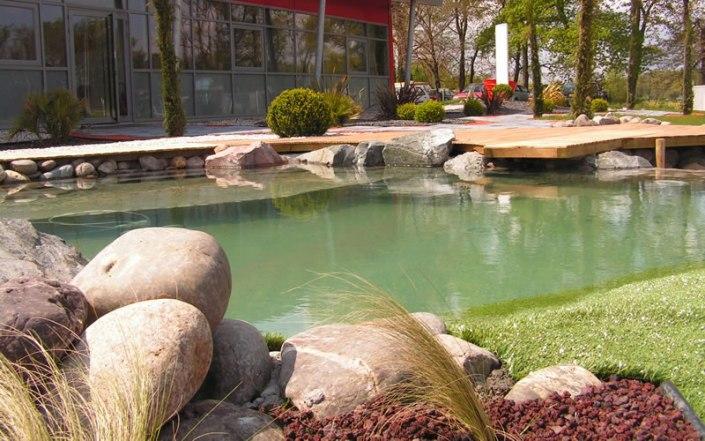Paysagiste Bordeaux Arcachon : piscine paysagère