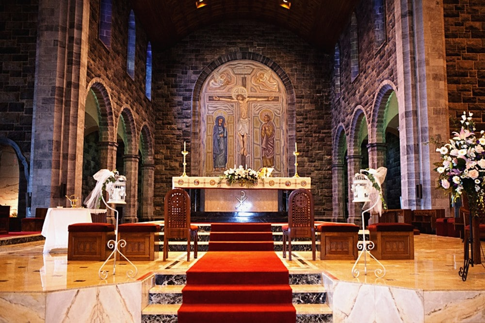 church_wedding_flowers_30
