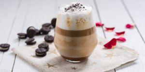 Reteta - Caffe latte cu sos caramel