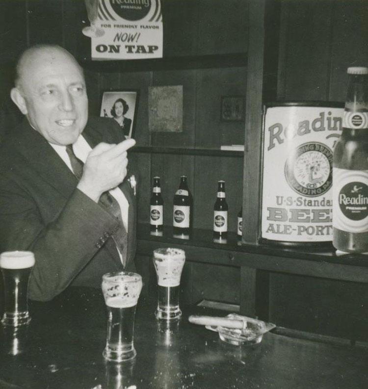 Reading Brewery Vitrolite Beer Sign