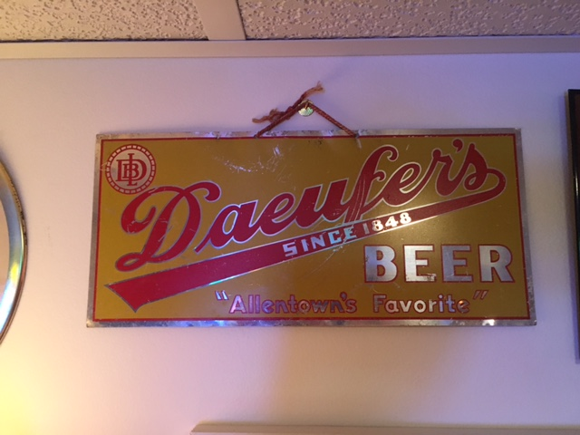 Daeufer's Beer Sign