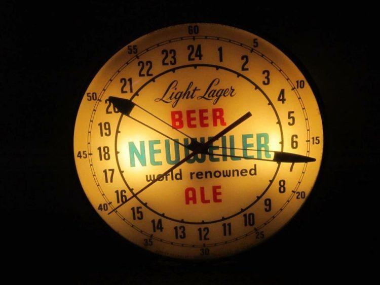 Light Lager Beer Neuweiler Ale PAM Clock