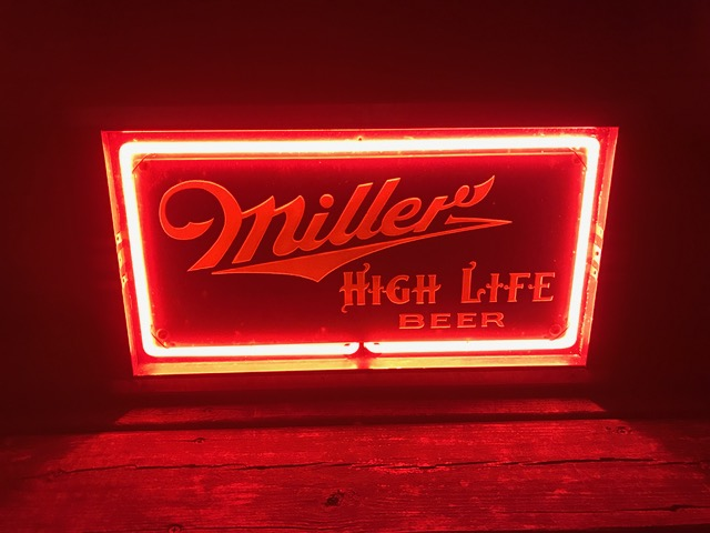 Miller High Life Beer Neon Sign - Breweriana Aficionado